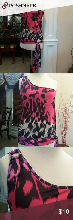 Venus - Pretty Printed One-Shoulder Top! *Sexy Top with a Tie-Sash on the side *Worn only once... excellent condition!  *Shoulder detail *Coral, Taupe, purple, & chocolate print *Size Medium *95% Polyester/5% Elastane (No Ironing!) VENUS Tops Blouses