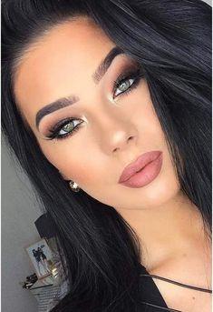 Best Winter Makeup Looks For Your Inspiration; Makeup Looks; Winter Makeup Looks; Smoking Eye Makeup Looks; Trendy Makeup Looks; Latest Makeup Looks; Cute Makeup, Gorgeous Makeup, Pretty Makeup, Perfect Makeup, Amazing Makeup, Cheap Makeup, Homecoming Makeup, Prom Makeup, Hair Makeup