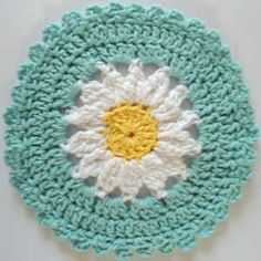 #245 Daisy Crochet Dishcloth – Maggie Weldon Maggies Crochet