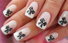Diseños de uñas bonitas elegantes, diseños de uñas bonitas porcelana. Unete al CLUB #diseñatusuñas #nails #uñasdemoda