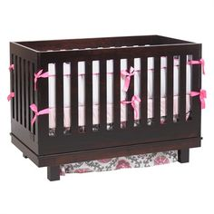 Liscio Convertible Cribs - Solid Maple Wood Amish Crib - Jack and Jill Boutique Baby Furniture Stores, Furniture Near Me, Nursery Furniture Collections, Nursery Furniture Sets, Modern Baby Cribs, Furniture Gliders, Best Crib, Creative Lamps, Mini Crib