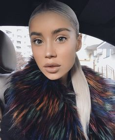 Instagram, Style, Fashion, Fur Coats, Woman, Swag, Moda, Fashion Styles, Fashion Illustrations