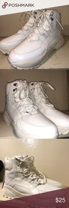 Vintage Skechers Dad Sneakers Barely worn, no flaws Depop