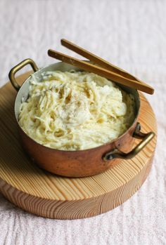 Start your carb cravings... 10-Minute Creamy Cauliflower Capellini
