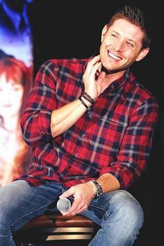 "Jensen Ackles also known as Dean Winchester from ""Supernatural. Castiel, Jensen Ackles Supernatural, Jensen Ackles Jared Padalecki, Supernatural Destiel, Jared And Jensen, Supernatural Convention, Winchester Boys, Winchester Brothers, Raining Men"
