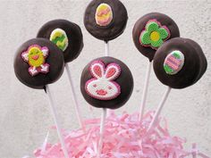 Chocolate-dipped Oreo Lollipops :)