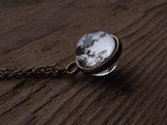Pleine lune collier lune minuscule Collier pendentif verre Dome Galaxy espace système solaire verre lune planète collier cadeau pour elle, livraison gratuite