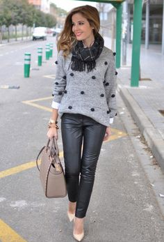 looks-preppy-chic Look Fashion, Winter Fashion, Girl Fashion, Fashion Outfits, Womens Fashion, Fashion Black, Fashion Styles, Street Fashion, Latest Fashion