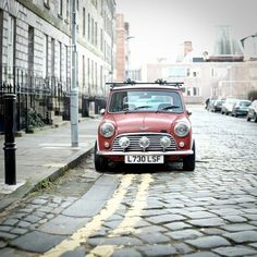And to think my father has one of these... I just love mini's!!! The old classic one's, off course!