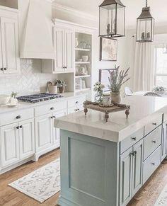 Kitchen Redo, Home Decor Kitchen, Kitchen Interior, New Kitchen, Home Kitchens, Kitchen Remodel, Outdoor Kitchens, Country Kitchen Farmhouse, Farmhouse Homes
