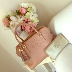 Tory Burch Thea Handbag Super cute bag, dusty pink color , Wallet listed separately!!!  but I can bundle for discount, has Minor signs of wear comes with dust bag, OFFERS VIA OFFER FEATURE ONLY  Tory Burch Bags Satchels