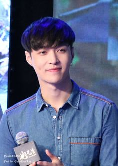 Lay - 160519 'To Be A Better Man' press conference Credit: You Biaoge. (《好先生开播》发布会)