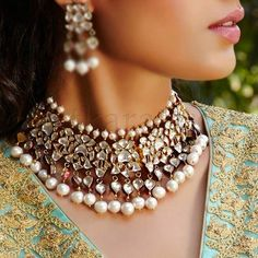 What a great collar | browngirl Magazine - Insta @browngirlmag