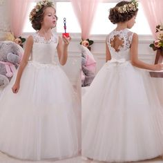 54f42bcccb0 2018 Vintage Flower Girls Dresses For Weddings With Lace Appliqued Bow Sash  Lovely Tutu Communion Birthday Dresses For Girls White Flower Girl Dresses  With ...