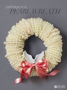 Partridge in a pearl wreath decor holiday 8 Days Of Christmas, Noel Christmas, Christmas Wishes, Xmas, Holiday Wreaths, Holiday Crafts, Christmas Decorations, Holiday Decor, Wreath Crafts