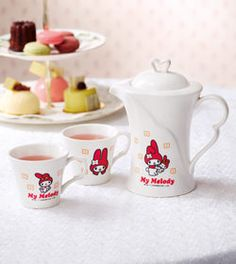Sanrio My Melody *RED & White Porcelain Teapot+2 Cups+Box Tea Party  O^O    A TEA SET    HELP