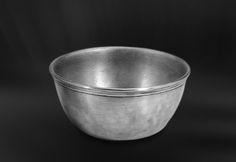 Pewter Bowl - Diameter: 11,5 cm (4,5″) - Food Safe Product - #bowl #pewter #catinella #ciotola #scodella #bacinella #peltro #zinnschüssel #schüssel #zinn #étain #etain #peltre #tinn #олово #оловянный #tableware #dinnerware #table #accessories #gifts #giftware #home #housewares #decor #design #bottega #peltro #GT #italian #handmade #made #italy #artisans #craftsmanship #craftsman #primitive #vintage #antique