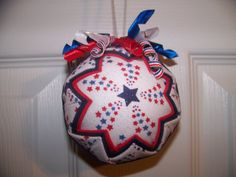 Hey, I found this really awesome Etsy listing at https://www.etsy.com/listing/196966547/patriotic-4th-of-july-quilted-ornament