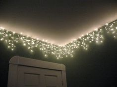 Icicle lights around Kels frozen theme room