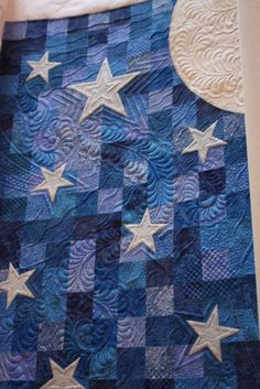shooting stars - This would be SO perfect for Owen, big, for his toddler bed, but I don't quilt. But oh, oh my.