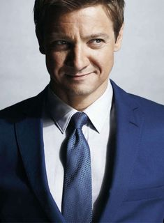 jeremy renner   JD and Orchid's Domain : Hunk Of The Day: Jeremy Renner