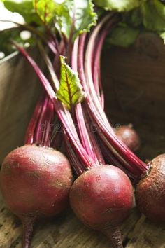 You can't beet this vegetable's ability to infuse your body with life-giving nutrition. Is beet a powerful healer? You bloody well better believe it! NON GMO BEETS! Most Nutritious Vegetables, All Vegetables, Recipe For Fresh Beets, Health Articles, Health Tips, Health And Nutrition, Health And Wellness, Beet Burger, Beetroot Burgers