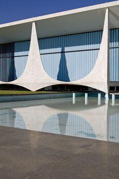 Palacio Alvorada / Brasilia, Brasil / Oscar Niemeyer / 1956