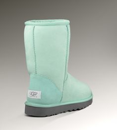 Ugh, I want these Uggs.