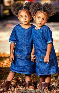 Love their afro puffs! Love their afro puffs! Cute Twins, Cute Baby Girl, Baby Love, Cute Babies, Beautiful Black Babies, Beautiful Children, Cute Kids Fashion, Girl Fashion, Mcclure Twins