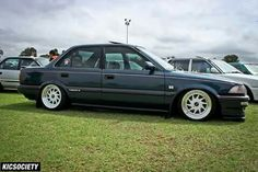 Corolla Twincam, Toyota Corona, Ride 2, Old School Cars, Toyota Cars, Cars And Coffee, Trd, Retro Cars, Custom Cars