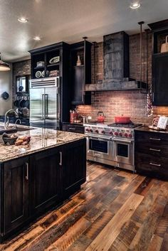 Rustic Kitchen Design, Home Decor Kitchen, Kitchen Interior, Home Interior Design, Home Kitchens, Kitchen Ideas, Kitchen Furniture, Dark Wood Kitchens, Kitchen Industrial