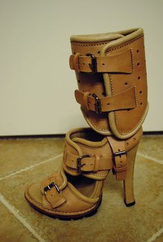 This shoe comes with its own ankle brace! No need to visit the Er if you sprain your ankle in these!