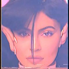 Kendall Jenner Video, Kylie Jenner Icons, Kylie Jenner Body, Kylie Jenner Photoshoot, Kylie Jenner Piercings, Trajes Kylie Jenner, Looks Kylie Jenner, Jenner Hair, Kylie Jenner Outfits