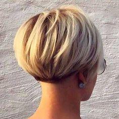 Pixie Bob Hairstyles, Pixie Bob Haircut, Trending Hairstyles, Black Hairstyles, Back Of Bob Haircut, Very Short Bob Hairstyles, 1940s Hairstyles, American Hairstyles, Hairstyles 2018