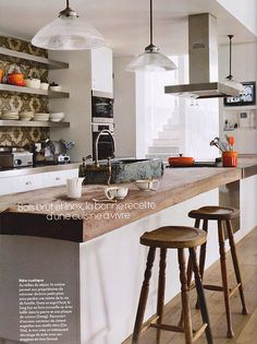 Brilliant design. BRILLIANT.    South African interior design demonstrates the most gorgeous use of texture, dimensionality, and pairing of sophisticated juxtapositions.