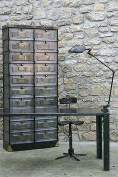 1940's strafor medicine cabinet, by Les Nouveaux Brocanteurs brings utility + beauty + industrial design to any urban decor dwelling or big city loft. [photo by Régis Cariou].
