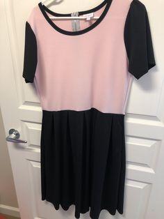 LulaRoe Amelia- XL $45 Selling Lularoe, Amelia, Tops, Women, Fashion, Moda, Fashion Styles, Fashion Illustrations, Woman