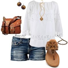 A little boho look going on here. Casual & comfy. Lacy & feminine.