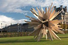 Vincent Mauger La somme des hypothèses 6 m de diámetro Jardin des Tuileries, París, Francia 2011