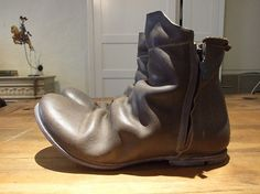 Layer-0 Side Zip Boots made with Guidi Camel Leather