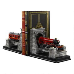 Hogwarts Express Set of Two Bookends A fine addition to your Harry Potter library, this set of two Hogwarts Express train bookends will keep your books standing tall.
