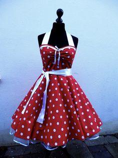 Petticoatkleid rot weiß mit Raffung von Historische-Kostüm-Welt auf DaWanda.com