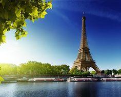 Good morning. #paris #eiffeltower #goodmorning #experience #romance #whataview #breakfastfortwo #travel #weekend #vacation #destination #timeless