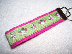 KEY FOBWrist Key ChainChevron Owls by PinkPinsandNeedles on Etsy, $6.00