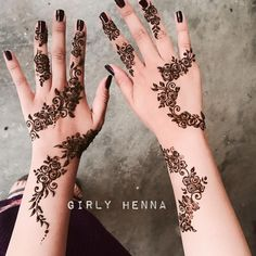 henna designs We bring you this curated list of new and trendy arabic mehendi designs that is sure to brim you with inspiration. These latest mehndi patterns are sure to make you grab al Henna Hand Designs, Eid Mehndi Designs, Mehndi Designs Finger, Henna Tattoo Designs Simple, Latest Arabic Mehndi Designs, Floral Henna Designs, Modern Mehndi Designs, Mehndi Design Photos, Mehndi Designs For Fingers
