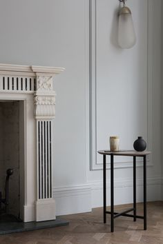 Contemporary urban furniture by MannMade London — Design Hunter Urban Furniture, Classic Furniture, Industrial Furniture, Apparatus Lighting, Interior Styling, Interior Design, New York Studio, Old Mansions, Colour Schemes