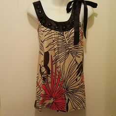 Floral top Tan Brown apricot and black top ing Tops Tank Tops