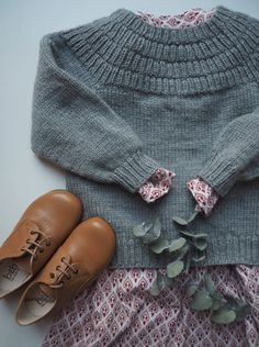 Anchor's Sweater - Anker's Sweater Anker's Sweater – PetiteKnit Knitting For Kids, Baby Knitting Patterns, Crochet Patterns, Baby Girl Fashion, Kids Fashion, Autumn Fashion, Baby Sweaters, Girls Sweaters, Crochet Baby