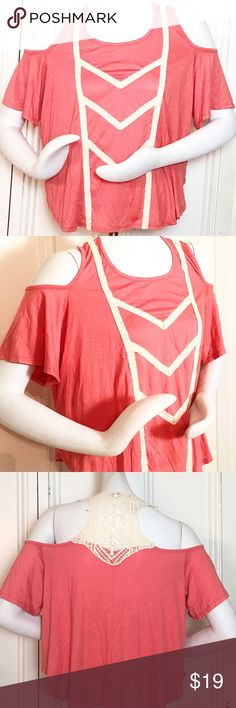 "Ya Los Angeles Flutter Sleeve Top Ya Los Angeles Flutter Sleeve Top. Flowey with a woven design throughout. Size Medium. Color: pink/peach. 70% cotton, 30% rayon. Measurements: 40"" bust, 22"" length. Ya Los Angeles Tops"