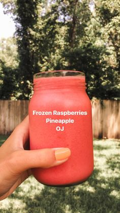 Bags Jar Reusable Awesome Summer Smoothie to Cool You Down HealthyEating Diet Gourmet Smoothie Easy Smoothie Recipes, Yummy Smoothies, Juice Smoothie, Smoothie Drinks, Yummy Drinks, Healthy Drinks, Healthy Snacks, Snack Recipes, Healthy Recipes